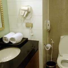 Отель FuramaXclusive Sathorn, Bangkok Бангкок ванная фото 2