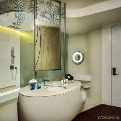 Отель Baraquda Pattaya - MGallery by Sofitel ванная