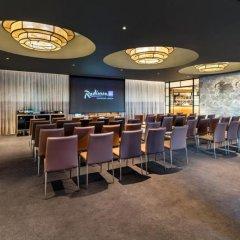 Отель Radisson Blu Edwardian, Leicester Square Великобритания, Лондон - отзывы, цены и фото номеров - забронировать отель Radisson Blu Edwardian, Leicester Square онлайн помещение для мероприятий фото 2