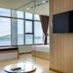Апартаменты Sunrise Ocean View Apartment Студия фото 19