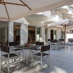 Отель Wally Residence Римини бассейн фото 3
