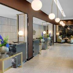Отель Hilton Munich City Германия, Мюнхен - 9 отзывов об отеле, цены и фото номеров - забронировать отель Hilton Munich City онлайн интерьер отеля