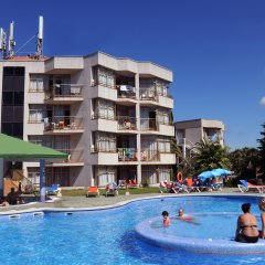 Отель Apartamentos ALEGRIA Bolero Park Испания, Льорет-де-Мар - 2 отзыва об отеле, цены и фото номеров - забронировать отель Apartamentos ALEGRIA Bolero Park онлайн бассейн фото 3