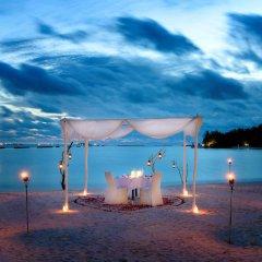 Отель Sheraton Maldives Full Moon Resort & Spa Мальдивы, Остров Фуранафуши - отзывы, цены и фото номеров - забронировать отель Sheraton Maldives Full Moon Resort & Spa онлайн помещение для мероприятий фото 2