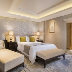 Sheraton Grande Sukhumvit, Luxury Collection Hotel, Bangkok комната для гостей фото 3