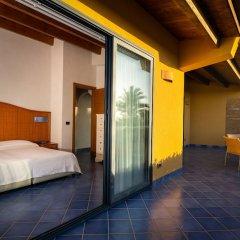 Отель Magaggiari Hotel Resort Италия, Чинизи - отзывы, цены и фото номеров - забронировать отель Magaggiari Hotel Resort онлайн балкон