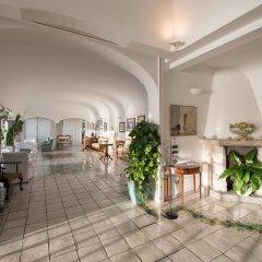 Hotel Santa Caterina интерьер отеля