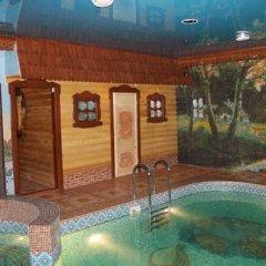 Гостиница Мини-отель Сказка в Астрахани 4 отзыва об отеле, цены и фото номеров - забронировать гостиницу Мини-отель Сказка онлайн Астрахань бассейн фото 2