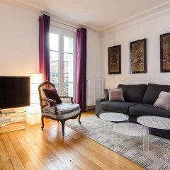 Апартаменты Squarebreak - Apartment close to the Sacré Coeur Париж комната для гостей фото 3
