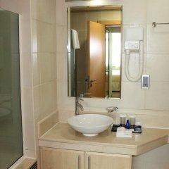 Отель Royal Club at Palm Jumeirah ОАЭ, Дубай - 5 отзывов об отеле, цены и фото номеров - забронировать отель Royal Club at Palm Jumeirah онлайн ванная фото 2