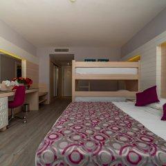 Sunmelia Beach Resort Hotel Сиде комната для гостей фото 3