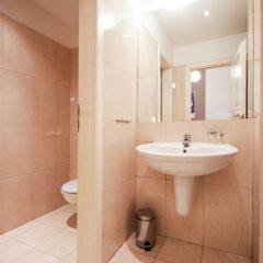Отель Orloj Прага ванная