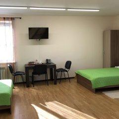 Гостиница Expromed комната для гостей фото 4