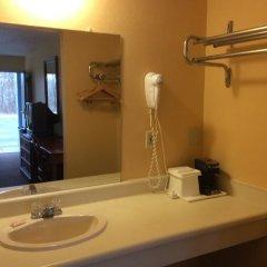 Отель Budget Inn East Columbus Колумбус ванная