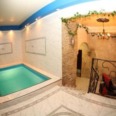 Гостиница Индиго бассейн