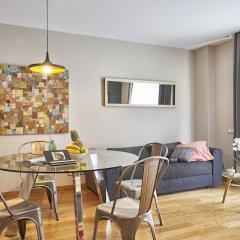 Отель AinB Sagrada Familia Apartments Испания, Барселона - 2 отзыва об отеле, цены и фото номеров - забронировать отель AinB Sagrada Familia Apartments онлайн комната для гостей фото 11