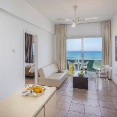 Costantiana Beach Hotel Apartments комната для гостей фото 3