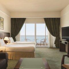 Отель Ramada Beach Аджман комната для гостей фото 5