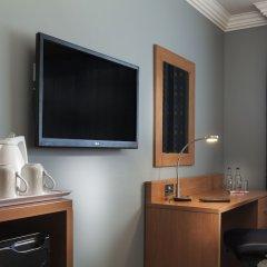 Отель Holiday Inn London-Bloomsbury Великобритания, Лондон - 1 отзыв об отеле, цены и фото номеров - забронировать отель Holiday Inn London-Bloomsbury онлайн удобства в номере фото 2