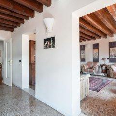 Отель Ca'coriandolo Италия, Венеция - отзывы, цены и фото номеров - забронировать отель Ca'coriandolo онлайн интерьер отеля фото 2