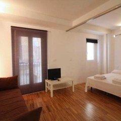 Отель Borne Building Apartamentos Испания, Барселона - отзывы, цены и фото номеров - забронировать отель Borne Building Apartamentos онлайн комната для гостей фото 2