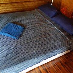 Отель Lanta Local Hut Ланта удобства в номере