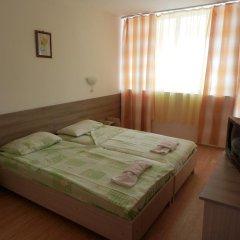 Отель Olimpia Supersnab Hotel Болгария, Балчик - отзывы, цены и фото номеров - забронировать отель Olimpia Supersnab Hotel онлайн комната для гостей фото 2