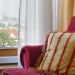 Отель Mamaison Residence Downtown Prague Чехия, Прага - 11 отзывов об отеле, цены и фото номеров - забронировать отель Mamaison Residence Downtown Prague онлайн комната для гостей фото 4