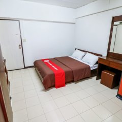 Отель Nida Rooms Narathivas 2888 Residence At Living Nara Place Бангкок сейф в номере