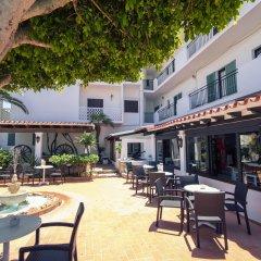 Отель azuLine Hotel Galfi Испания, Сан-Антони-де-Портмань - 1 отзыв об отеле, цены и фото номеров - забронировать отель azuLine Hotel Galfi онлайн питание фото 2