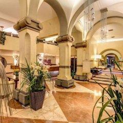 Отель Croce Di Malta Hotel Италия, Флоренция - 8 отзывов об отеле, цены и фото номеров - забронировать отель Croce Di Malta Hotel онлайн интерьер отеля