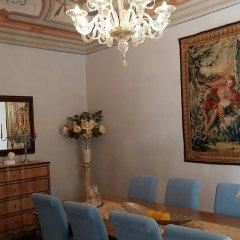 Отель Casa Torre Margherita Италия, Сан-Джиминьяно - отзывы, цены и фото номеров - забронировать отель Casa Torre Margherita онлайн интерьер отеля фото 2