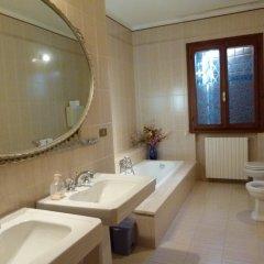 Отель Residence Tenuta Gambalonga Италия, Региональный парк Colli Euganei - отзывы, цены и фото номеров - забронировать отель Residence Tenuta Gambalonga онлайн ванная