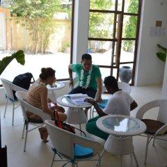 Отель Beachwood at Maafushi Island Maldives питание фото 2