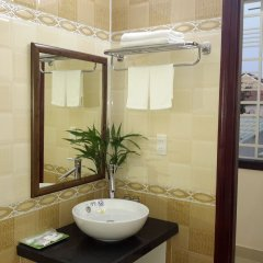 Отель Phoenix Homestay Hoi An Вьетнам, Хойан - отзывы, цены и фото номеров - забронировать отель Phoenix Homestay Hoi An онлайн ванная