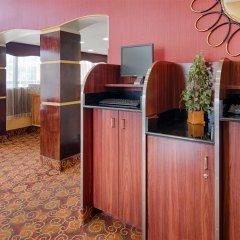 Отель Best Western Center Inn США, Вирджиния-Бич - отзывы, цены и фото номеров - забронировать отель Best Western Center Inn онлайн интерьер отеля фото 3
