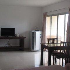 Отель Sophon.19 Apartment (Baan Klang Noen) Таиланд, Паттайя - отзывы, цены и фото номеров - забронировать отель Sophon.19 Apartment (Baan Klang Noen) онлайн удобства в номере фото 2