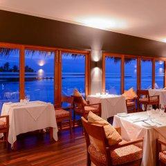 Отель Adaaran Select Hudhuranfushi Остров Гасфинолу питание