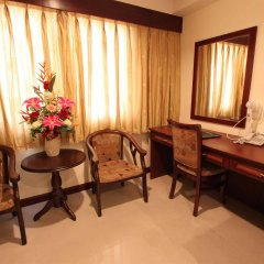 Отель CNR House Hotel Таиланд, Бангкок - отзывы, цены и фото номеров - забронировать отель CNR House Hotel онлайн удобства в номере фото 2