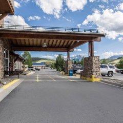 Отель Quality Inn and Suites Summit County городской автобус