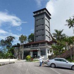 Отель DCoconut Hill Resort парковка