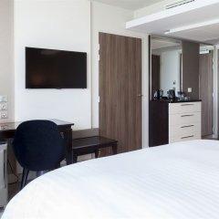Ac Hotel Paris Porte Maillot Париж удобства в номере фото 2