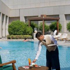 Отель Four Seasons Hotel Riyadh Саудовская Аравия, Эр-Рияд - отзывы, цены и фото номеров - забронировать отель Four Seasons Hotel Riyadh онлайн бассейн фото 3
