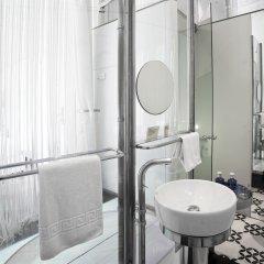 Отель Chic & Basic Born Boutique Hotel Испания, Барселона - отзывы, цены и фото номеров - забронировать отель Chic & Basic Born Boutique Hotel онлайн ванная