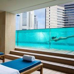 Отель Ascott Raffles Place Singapore бассейн фото 2