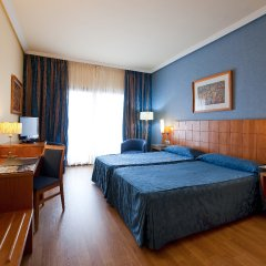 Отель Vecindario Aeropuerto Весиндарио комната для гостей фото 3