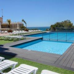Отель Medplaya Albatros Family бассейн