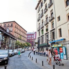 Отель Hostal La Casa de La Plaza Испания, Мадрид - отзывы, цены и фото номеров - забронировать отель Hostal La Casa de La Plaza онлайн