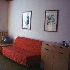 Отель Alaska комната для гостей