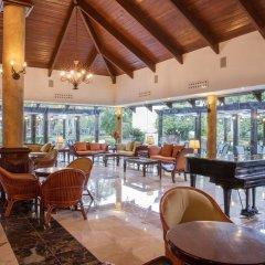 Отель The Royal Suites Turquesa by Palladium - Только для взрослых интерьер отеля